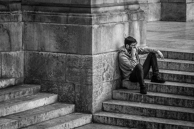 #paris #france #igphoto #bw #bwphoto #downtown #city #goexplore #portraitphotography #portrait
