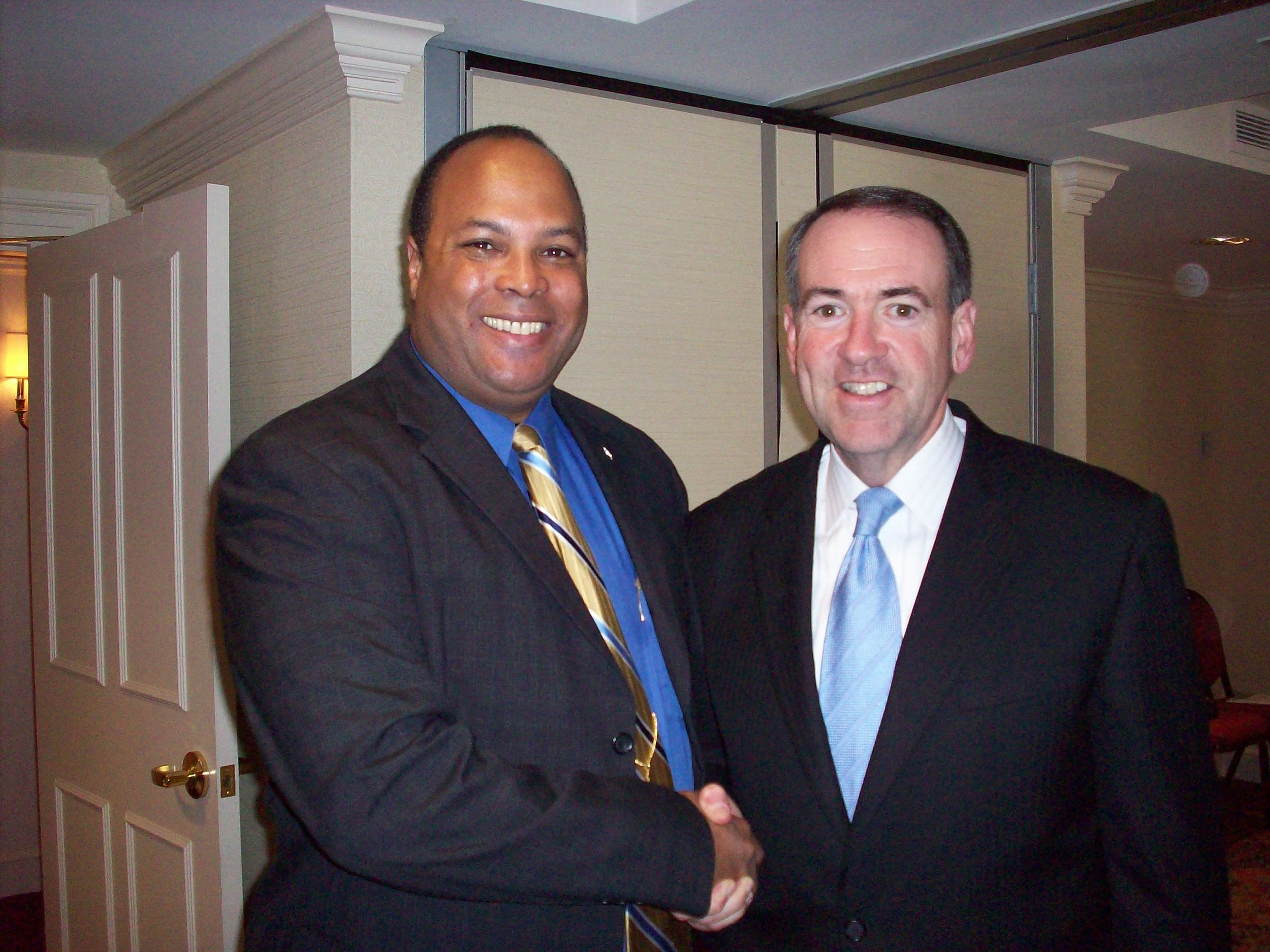 capitol-hill-club-fundraiser-huckabee-and-me.jpg