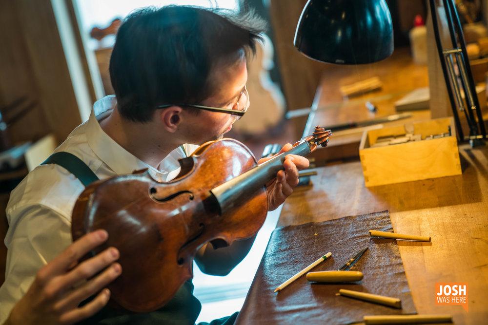 Violin workshop