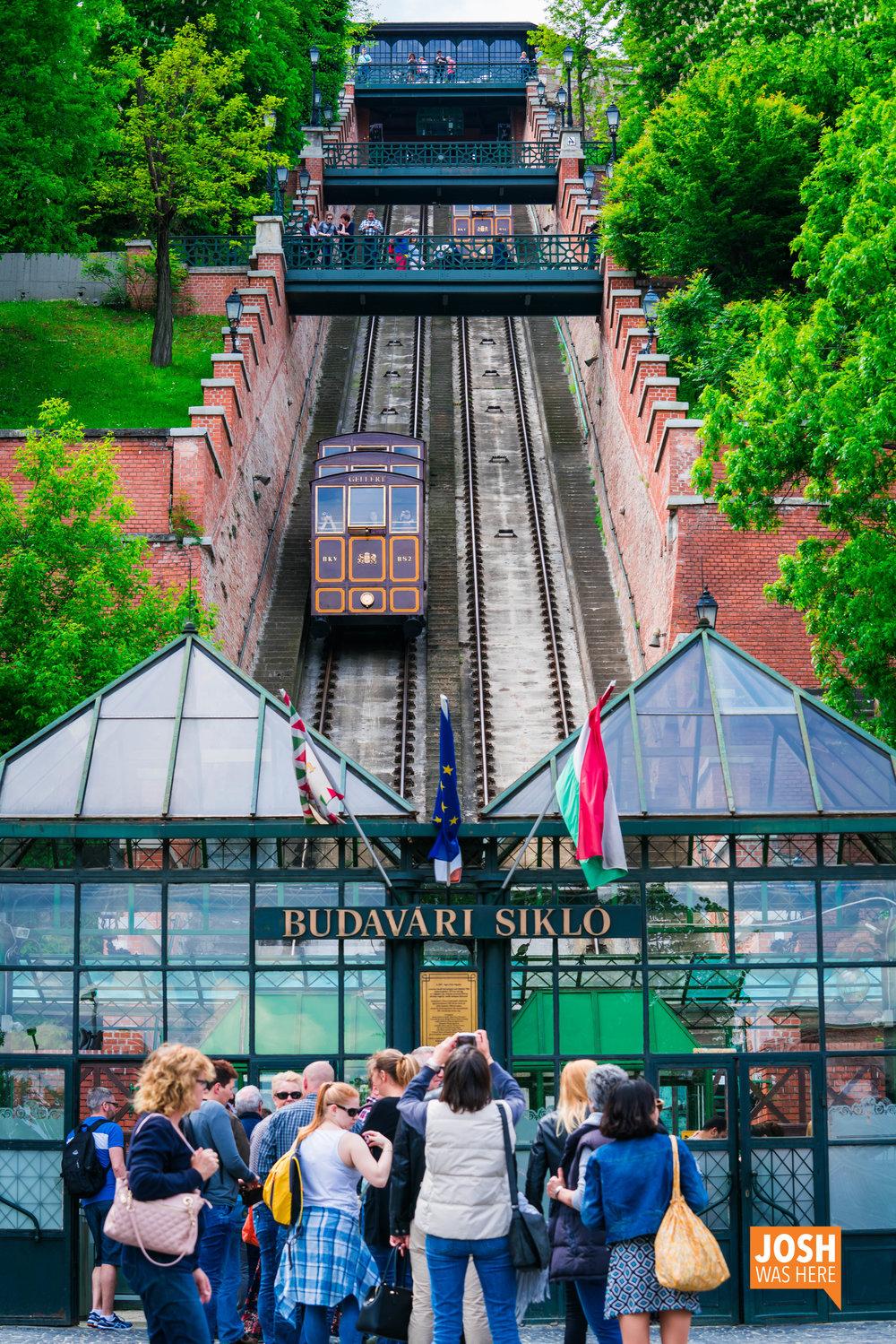 Budapest Castle Hill Funicular / Budavári sikló