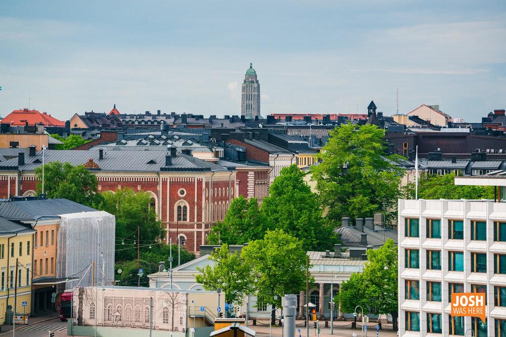 Rooftops & Kallion kirkko / Kallio Church