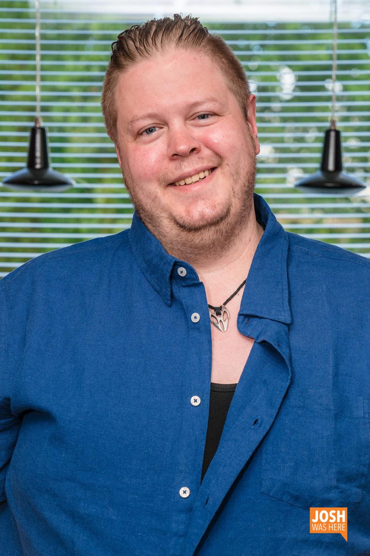 Erik, a host