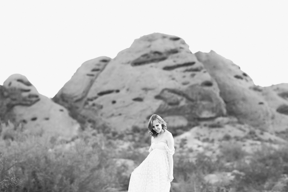 little peach by peaches and twine papago park sunrise maternity phoenix maternity photographer newborn photography 11.jpg