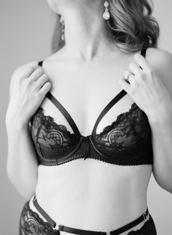 gossamer-mornings-laura-catherine-organic-boudoir-019.JPG