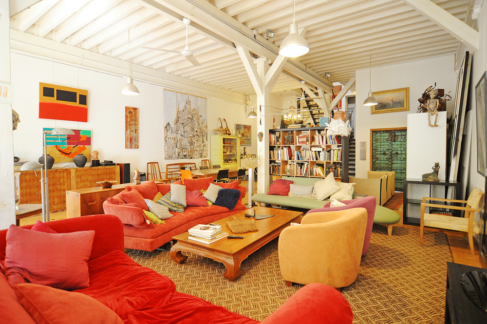 Comfortable, cozy, spacious, eclectic, funky, colourful, classy.