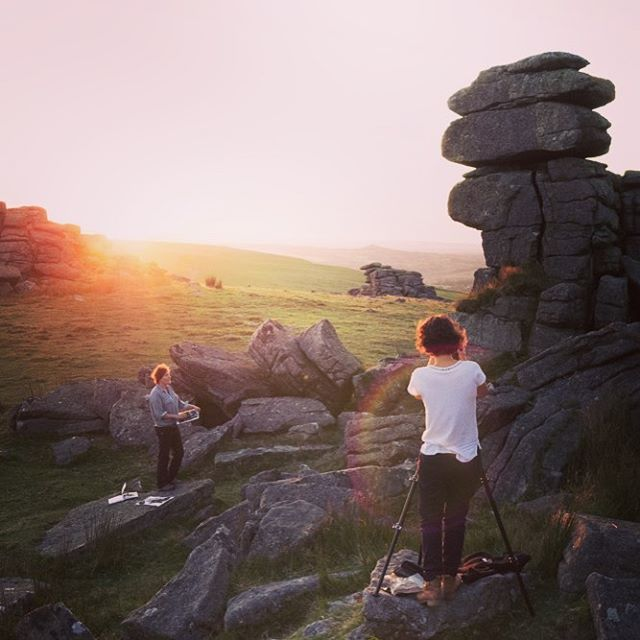Behind-the-scenes, shooting print-maker Anita Reynolds on Great Staple Tor for @dartmoor.artisan.trail #behindthescenes #photography #photoshoot