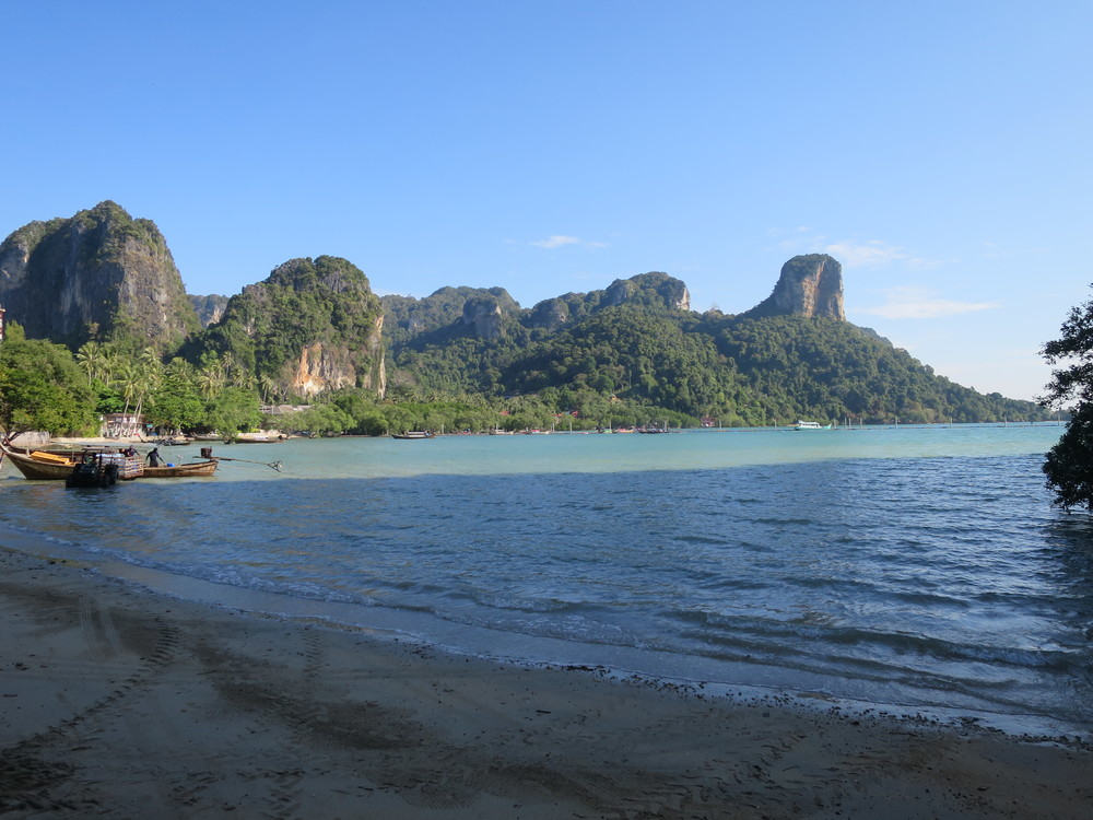 East Railay