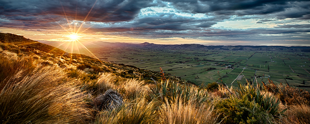Overlooking the Taieri Plains, from the Three Kings, Maungatua