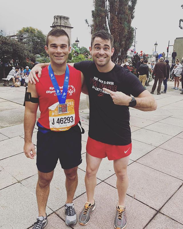 Congratulations to my boy @will_hussey for dominating his first marathon. It was such an honor to run some of the miles with you #chicagomarathon #chi #run #friends #pacing #chicago #marathon #funtimes #running #nike