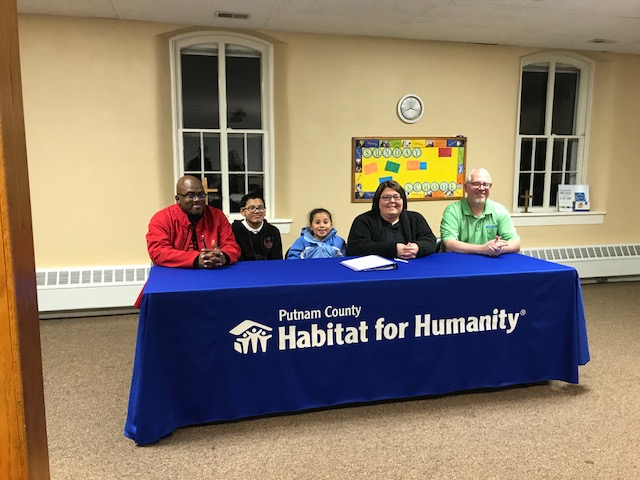 James Family    2018-2019 ReHab project Partner Family   Ray, Malik, Maleigha, Christy