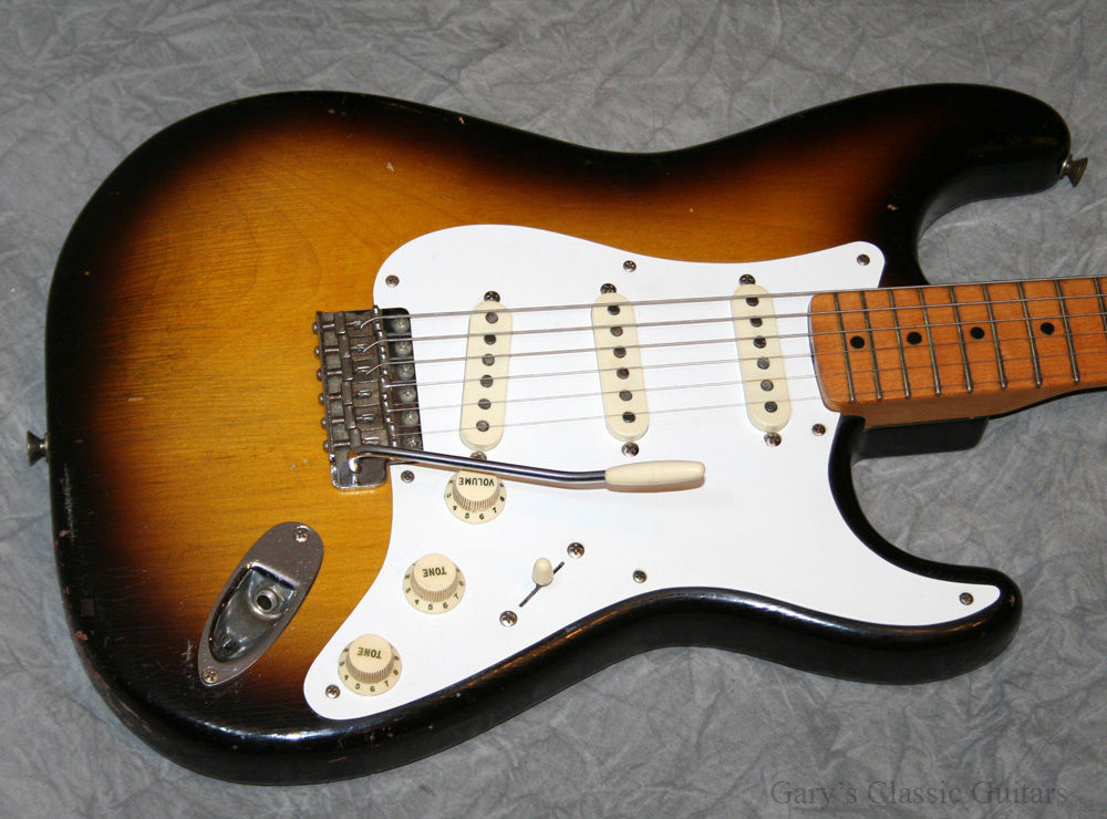 Maple fingerboards were standard until 1958