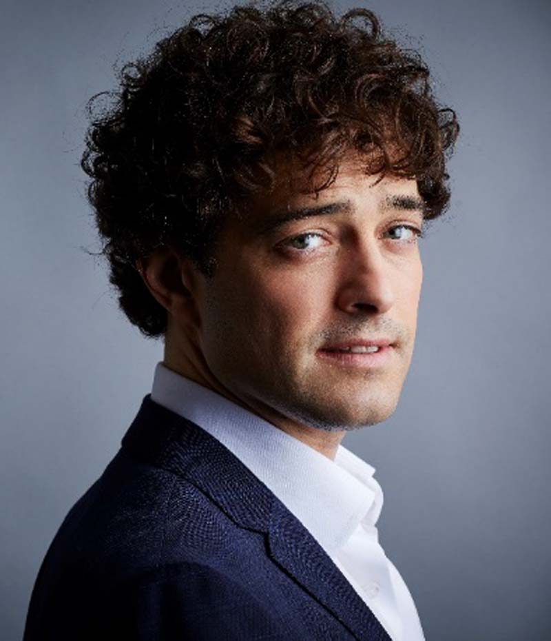 Lee Mead brings his tenth anniversary show to Newport Riverfront on May 19.