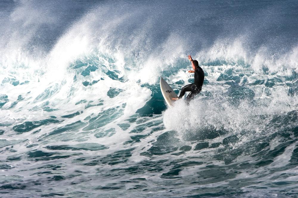 surfer02.jpg