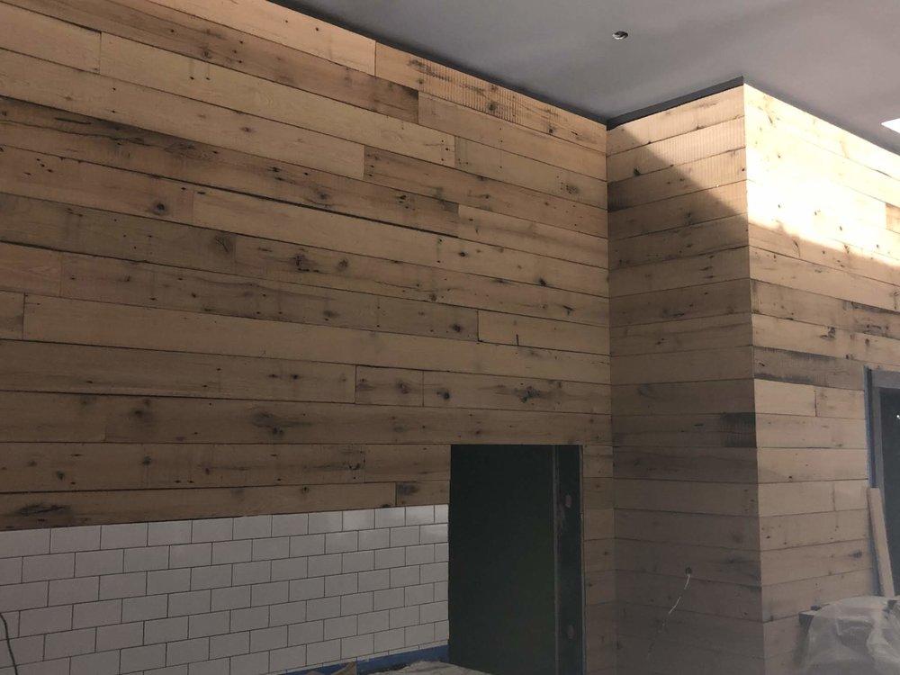 Olentangy_River_Brewing_Reclaimed_Wood.jpg