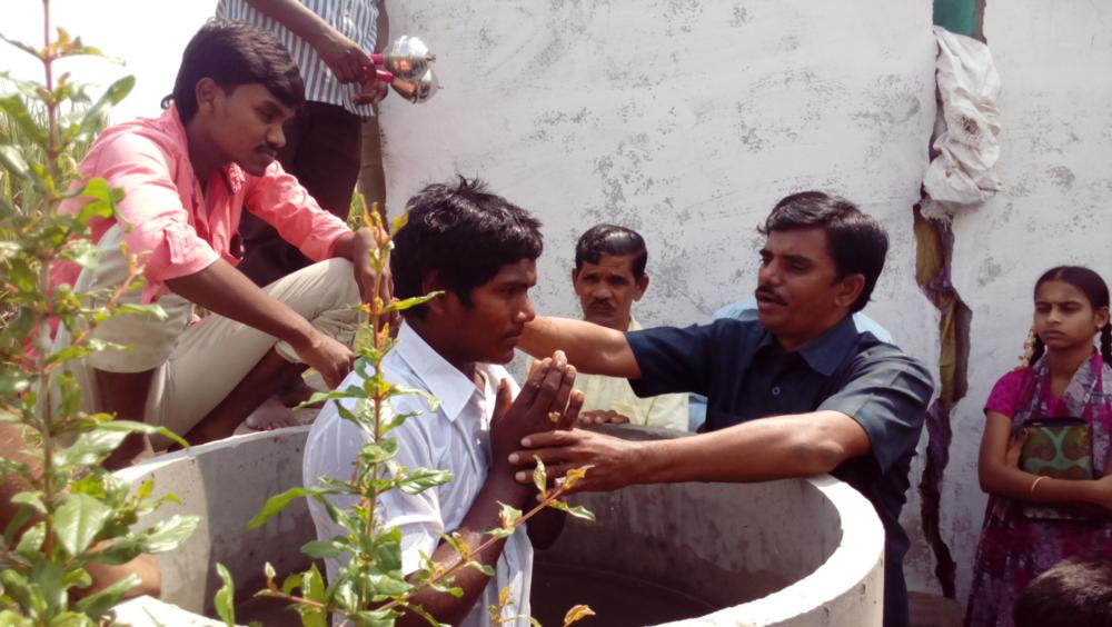 Baptism in Vuyur, India