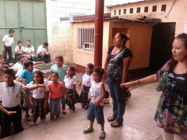 Bible Club at El Pito – Escuintla, Guatemala