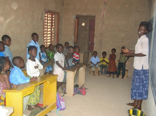 A Volunteer Leading a Bible Club – Burkina Faso