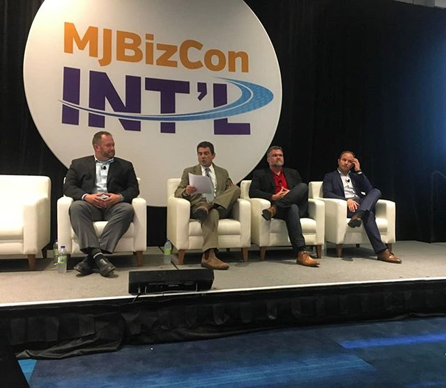 "ebbu at #thisveryinstant: Founder Jon Cooper (far left) at #MJBizCon Int'l is a featured speaker on the panel ""How to Use Science & Research to Boost Your Cannabis Business"" alongside experts from Khiron Life Sciences Corp. and @outco.ca. . . #cannabis #science research #genetics #poweredbyebbu"