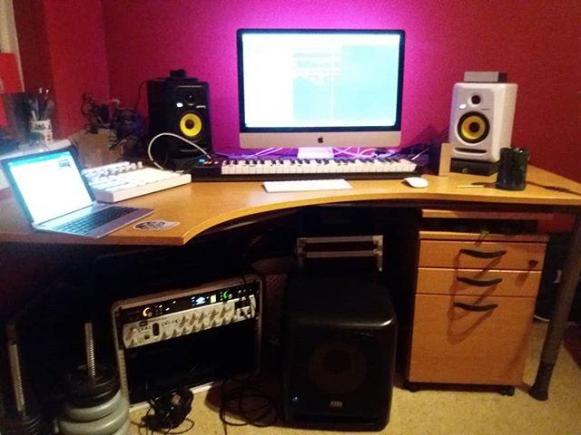 I like my new fridge... This sub speaker is massive and beautiful #sub #speaker #krk #monitors #bedroom #studio #music #recording #desk #london #music  enjoying mixing a bit of @benzokayn