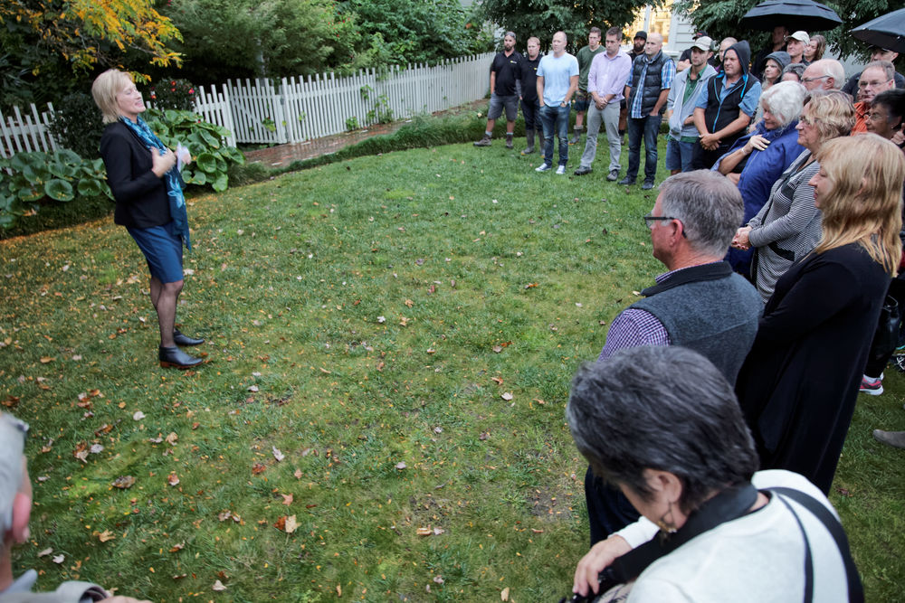 Allison Roe of Matakana Coastal Trail Trust talks to the group who attended the blessing
