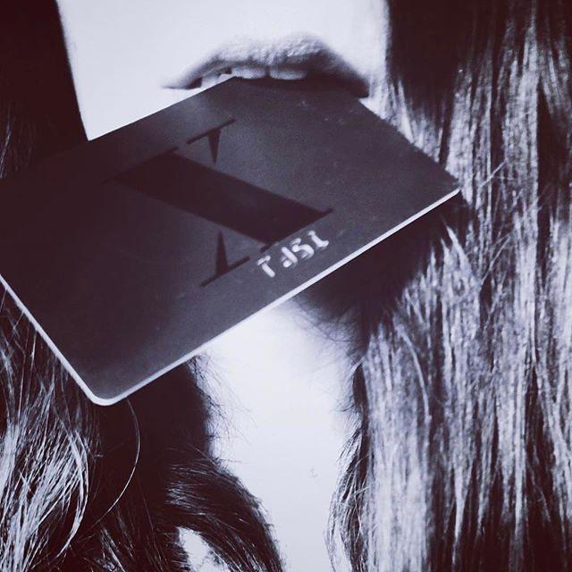 #Repost @katemorganm ・・・ My new friends wear black, just like me ⚔️