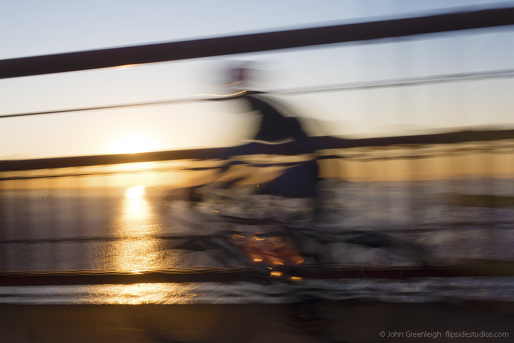 gg_bridge_bike_blur_lo copy.jpg