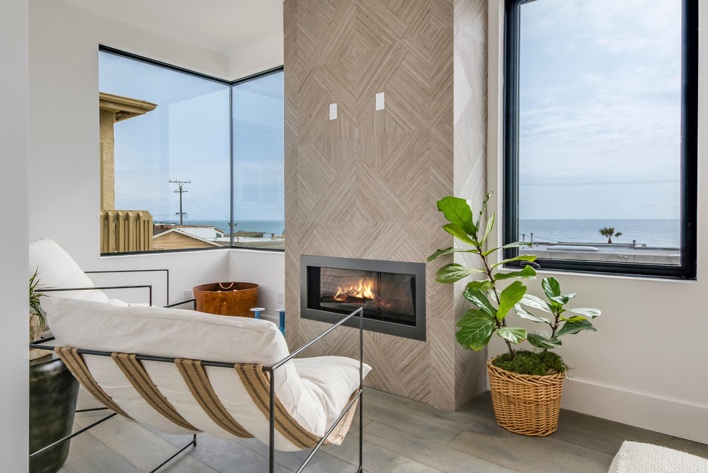 Manhattan Beach Staging