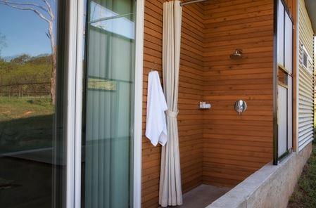 rest king shower.JPG