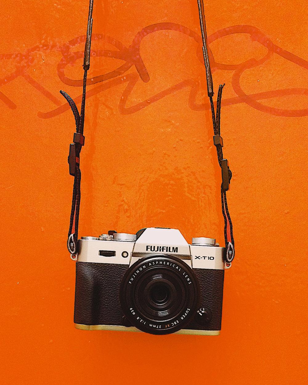Photoshoot photographers &paparazzi for orange carpet entrance. Pro's, amateurs, or hobbyists welcome.