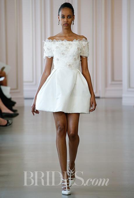 Photo: Gerardo Somoza - Alessandro Garofalo / Indigitalimages.com / Oscar de la Renta / Brides.com