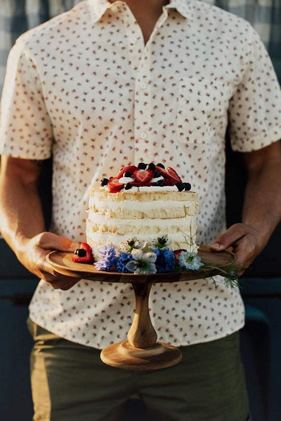Cake by VG Bakery via  100 Layer Cake