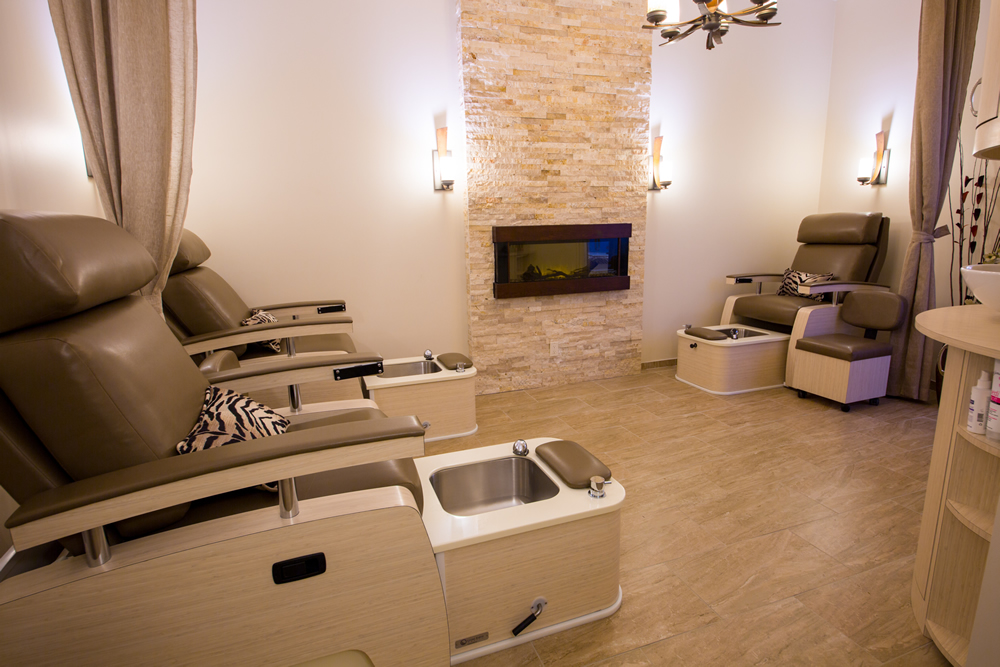 idc-spa-design-moyo-spa-wellness-manipedi-fireplace.jpg
