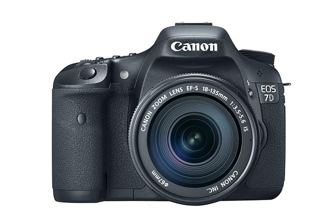 eos-7d-lens-front-675x450.jpg