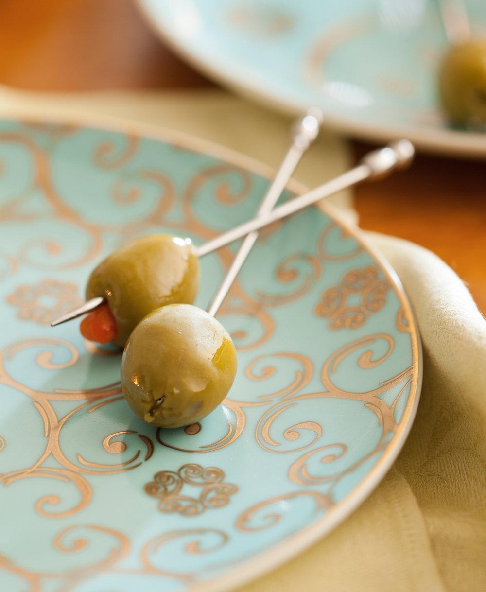 $60 Arabesque Dessert Plates