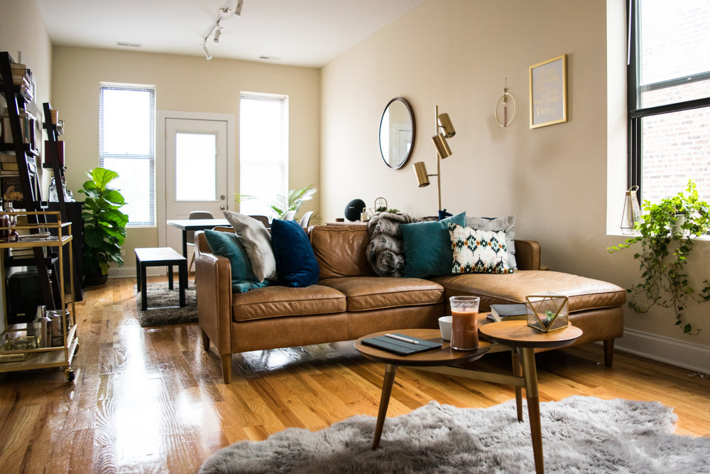 How to Style a Mid Century Modern Living Room —