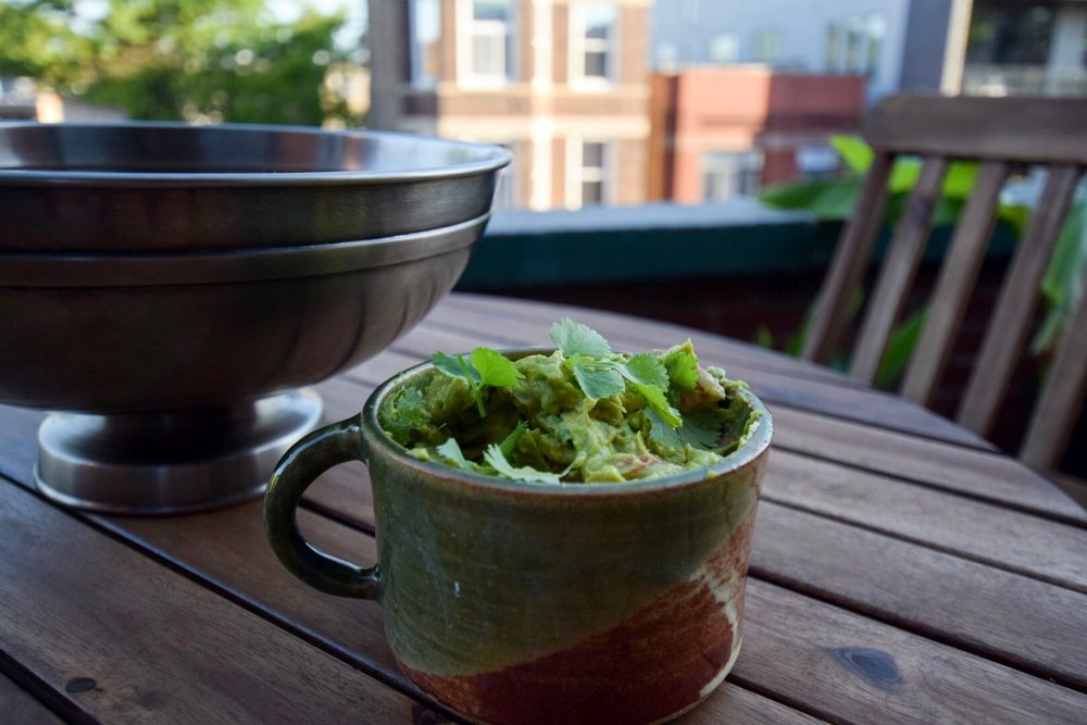 Homemade-guacamole