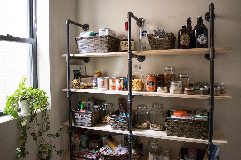 diy-industrial-pipe-shelf