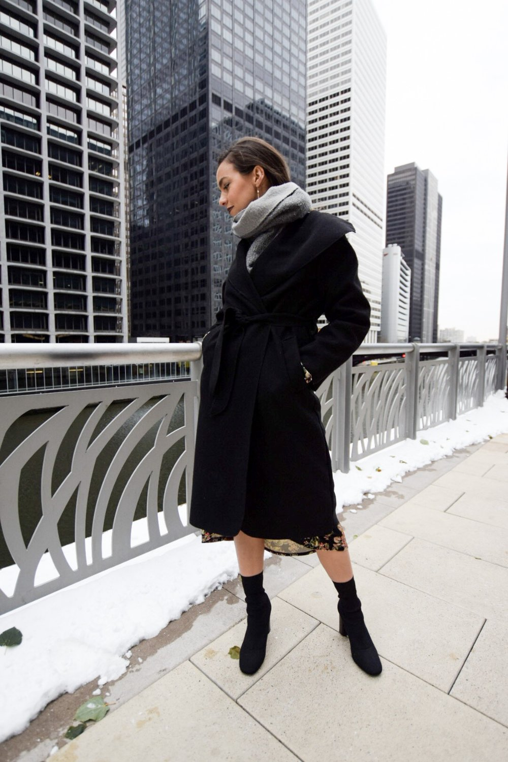 boohoo-waterfall-black-coat