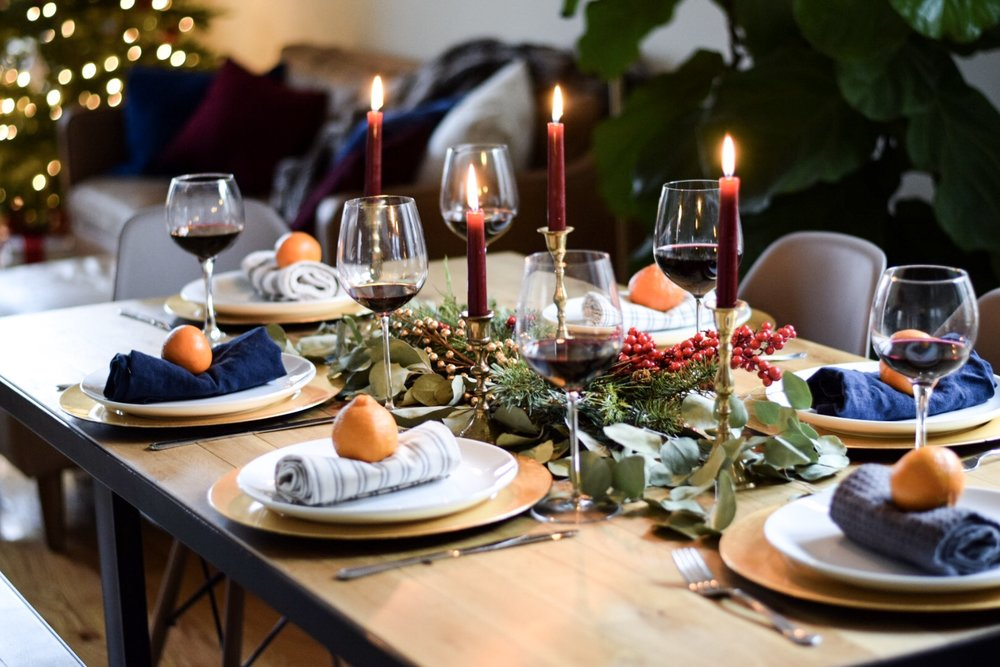 elegant-holiday-tablescape