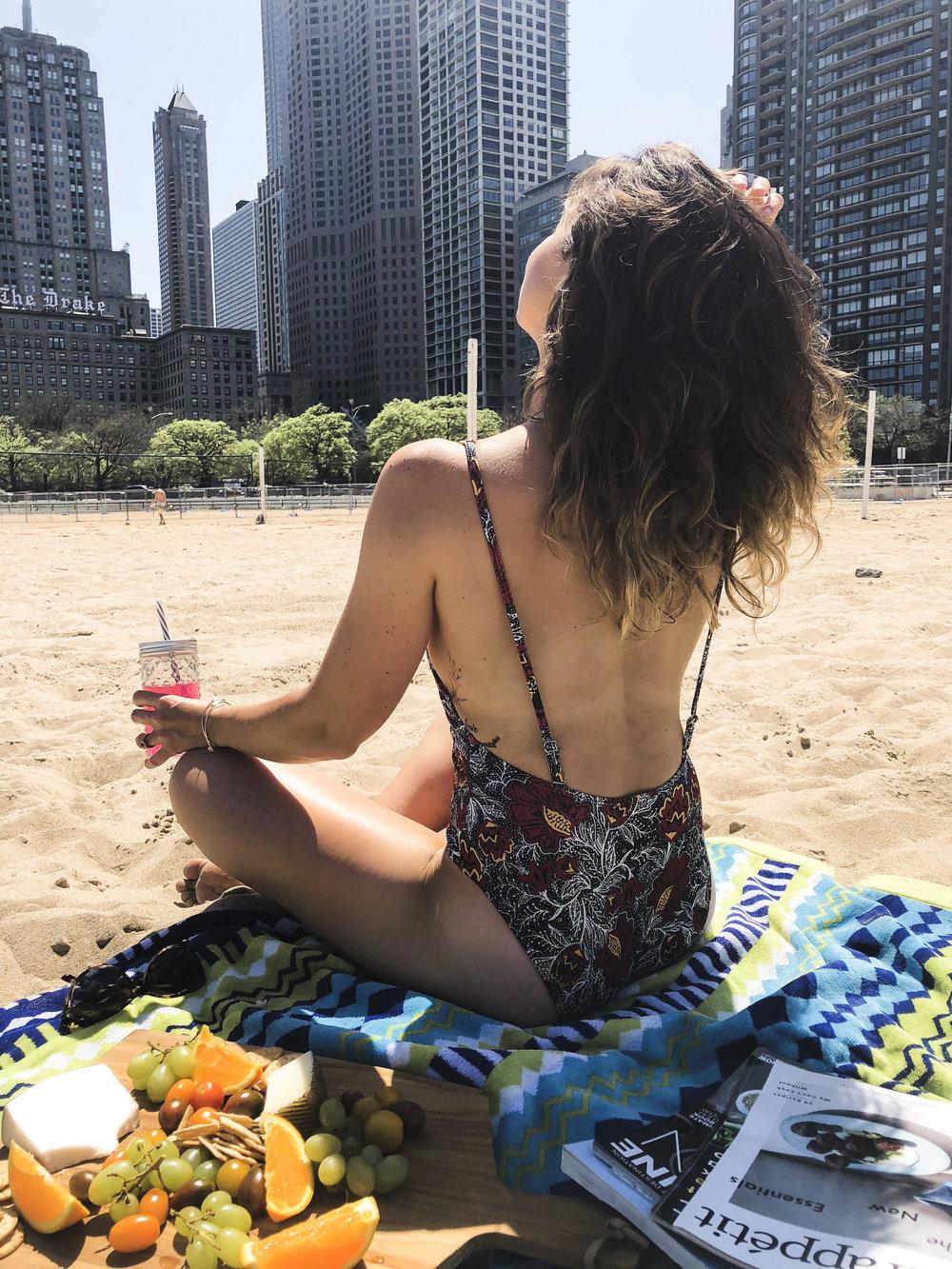 chicago-summer-oak-street-beach