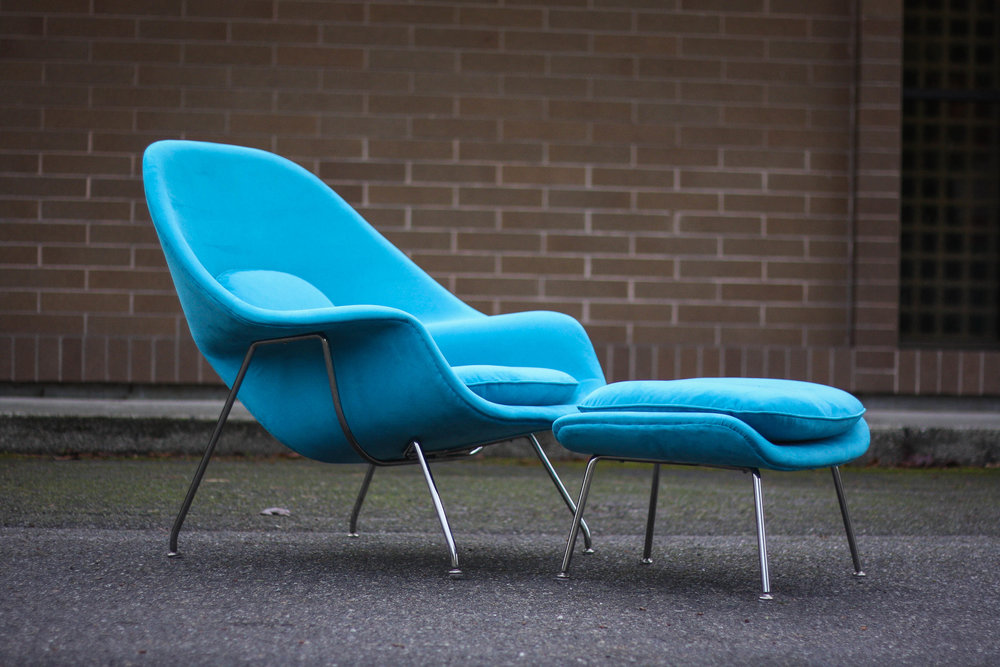 eero saarinen womb chair and ottoman