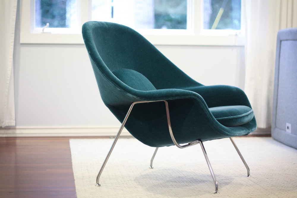 Check Out This Amazing Womb Chair Designed By Eero Saarinen For Knoll.