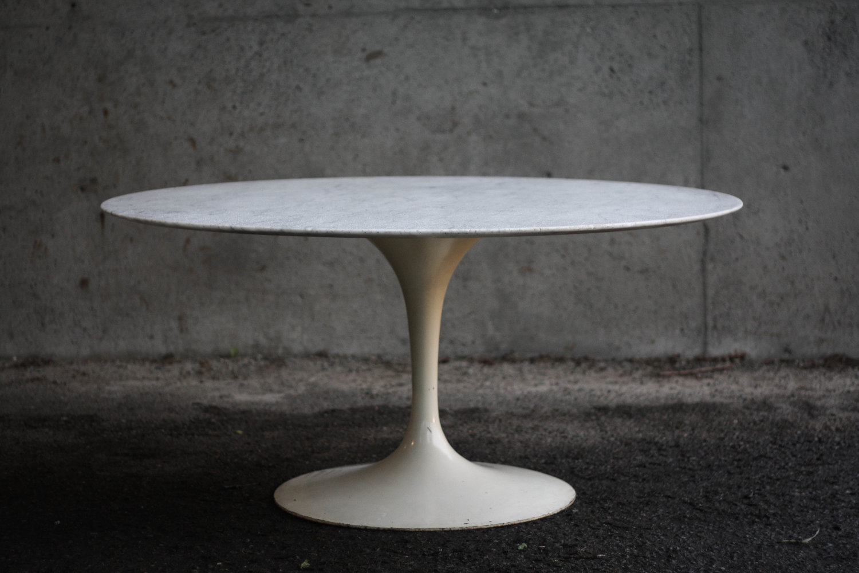 Marble Saarinen Table On First Gen Iron Base SOLD Mid And Mod - 54 saarinen table