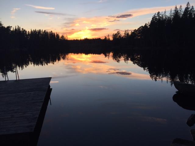 the-yoga-flat-København-Sverige retraet-Sjövik-sunset.jpeg