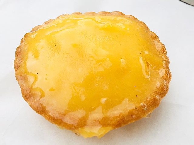 It's a weakness! Can't resist a good citrus tart like this tasty one at Australia's Outback Bakehouse in Windsor NSW #tart #pastry #lemon #citrus #bakery #cake #sweet #tasty #delicious #treat #windsor #sydneyfoodblogger #nsw #sydney