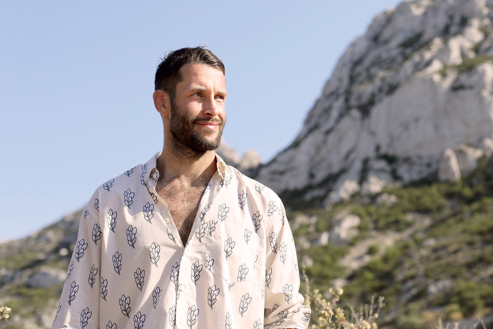 words by Liam Freeman : http://www.vogue.it/en/fashion/news/2018/06/25/simon-porte-jacquemus-menswear-fashion-show-spring-summer-2019/