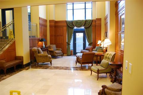 Lobby II.jpg