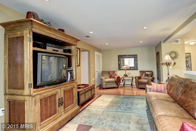 Shirlington - 2BR - $2100