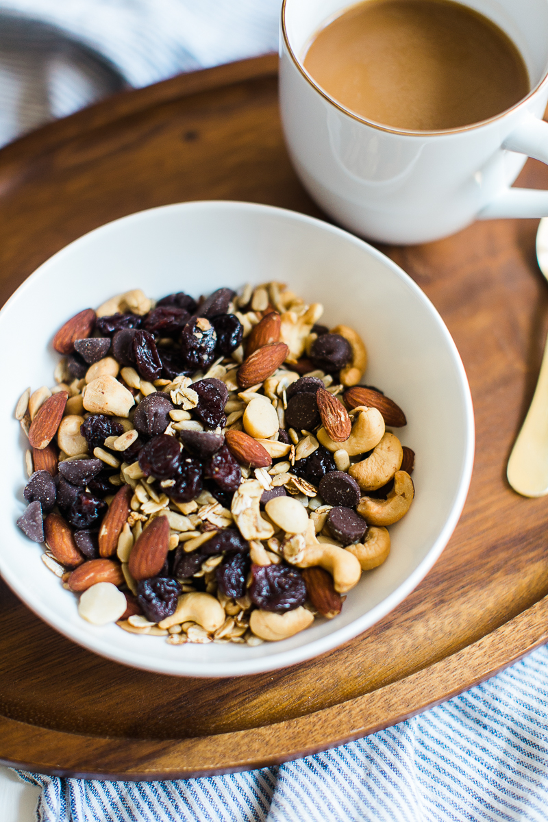 Easy Trail Mix with Vanilla & Cinnamon Toasted Oats | Healthy Snack Recipe | Snack Recipe