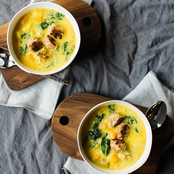 "You do not want to miss today's blog post! The sweet and wonderful @maeve_gerboth did a lovely guest post on embracing ""less"" during the holiday season and I just love it so! Her heart and words are so inspiring and perfect for this time of year. I included a delicious turmeric butternut squash & turkey meatball soup recipe that's perfect for cozying up on the couch. Check it out on the blog!"